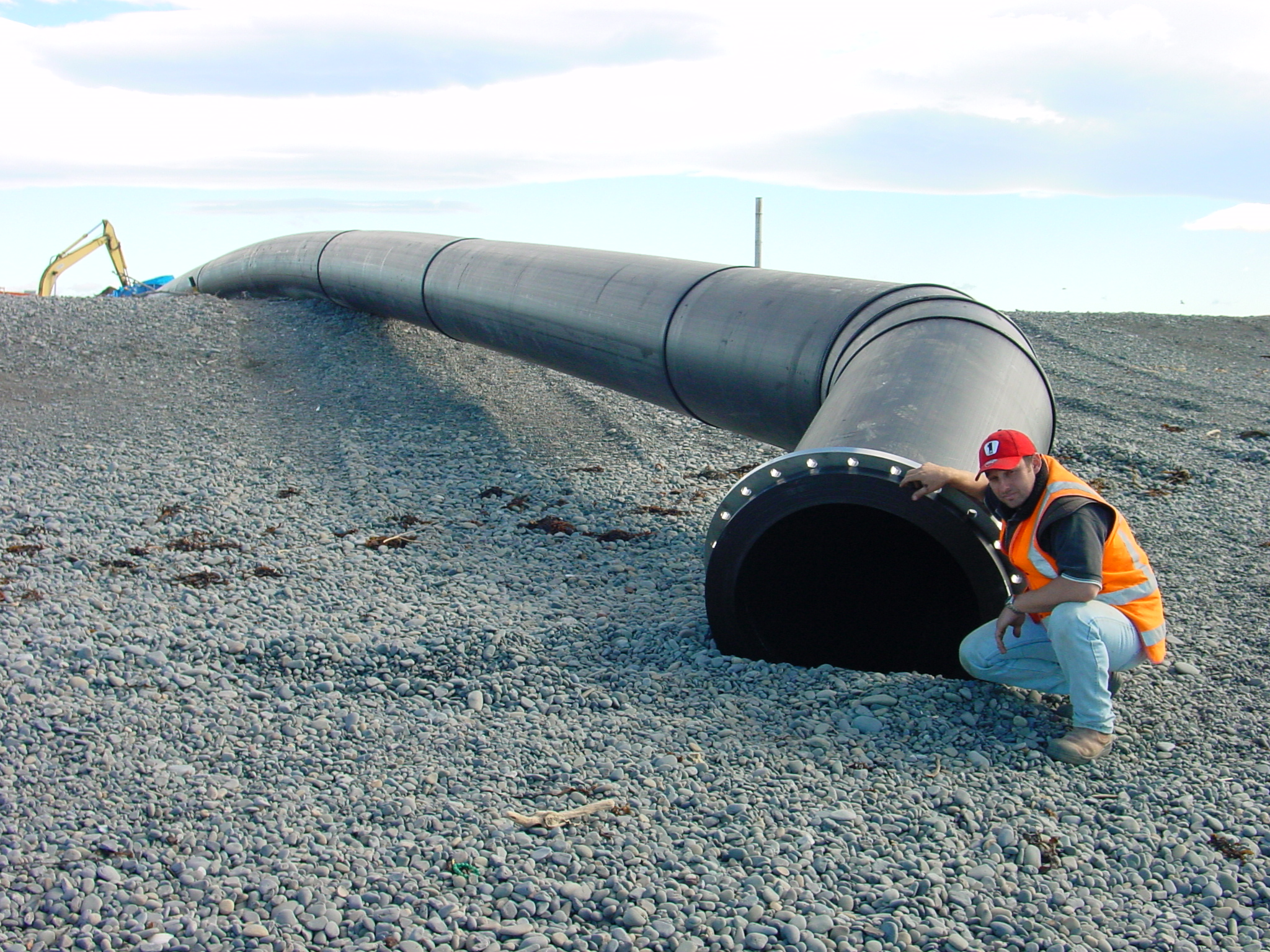 Army Bay pipe installation