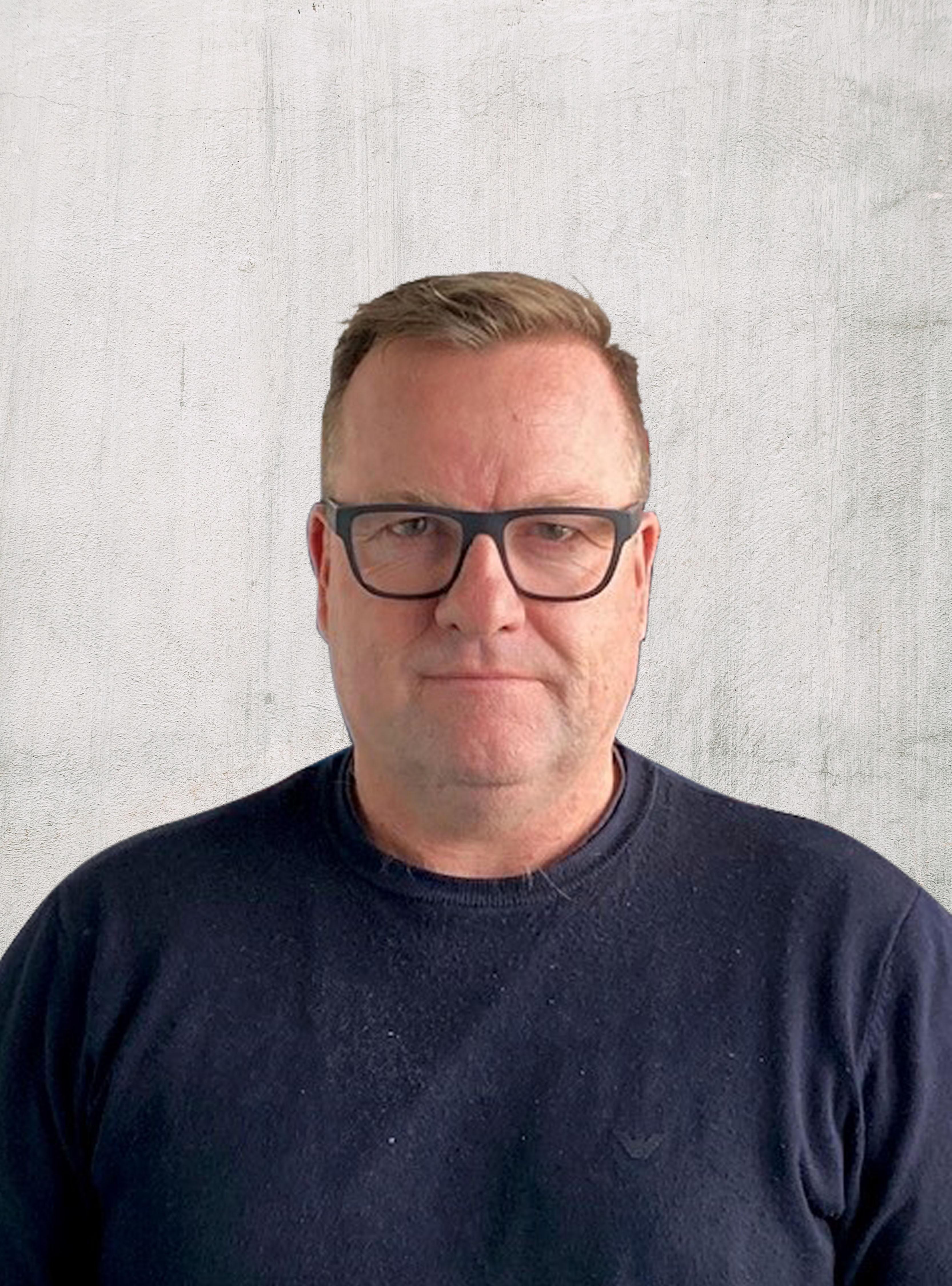 Garry Davies